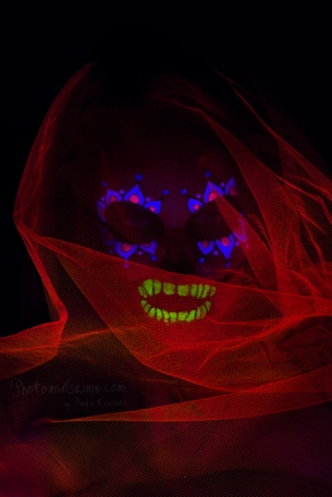 uv-make-up-candy-skull-light-painting-071